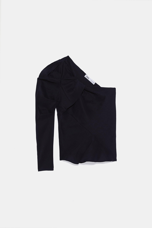 áo lệch vai màu đen Zara