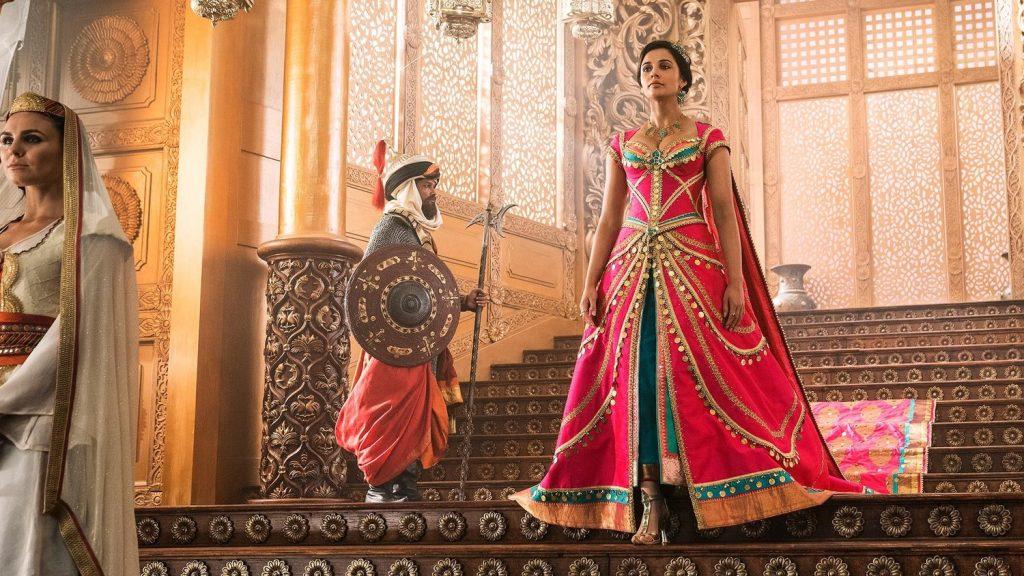 thời trang trong phim Aladdin jasmine mặc đầm hồng