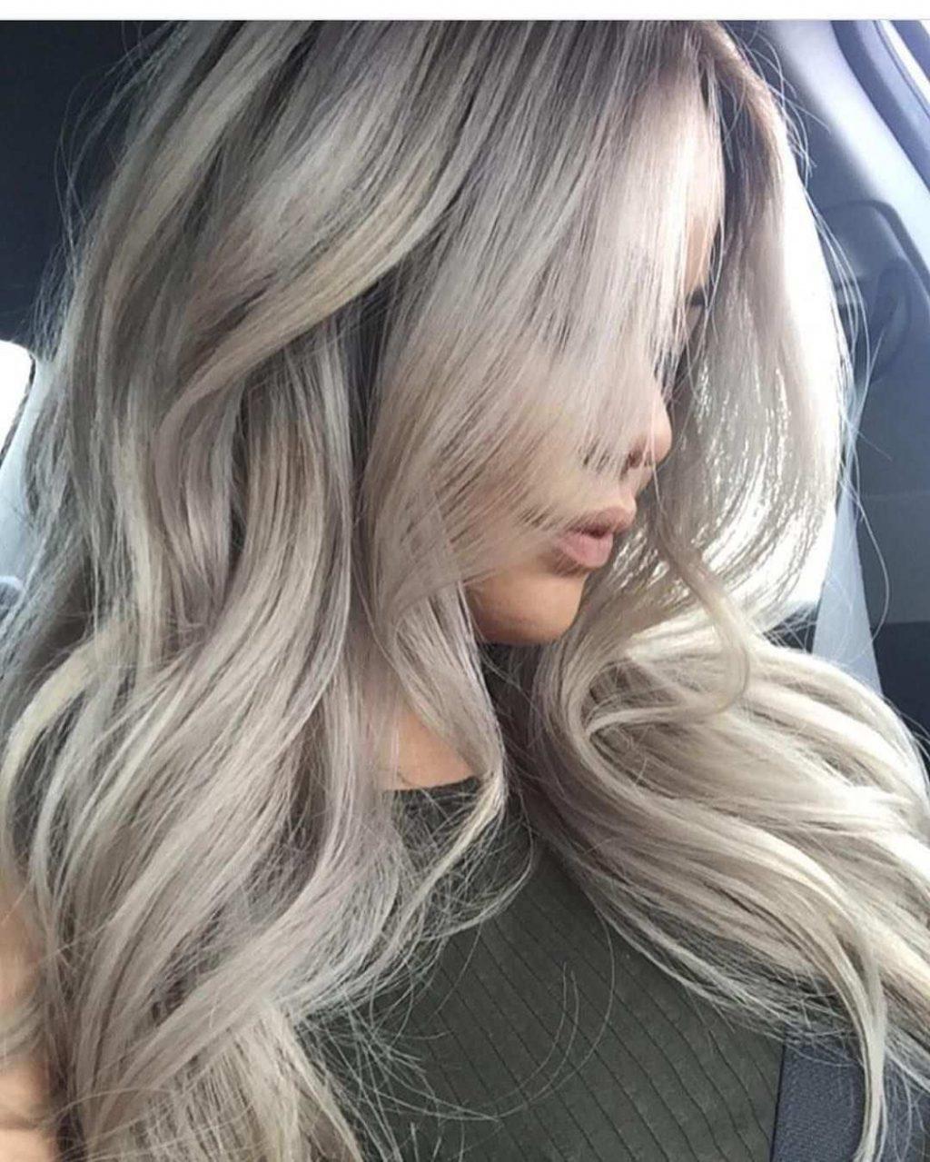 màu tóc đẹp xám khói