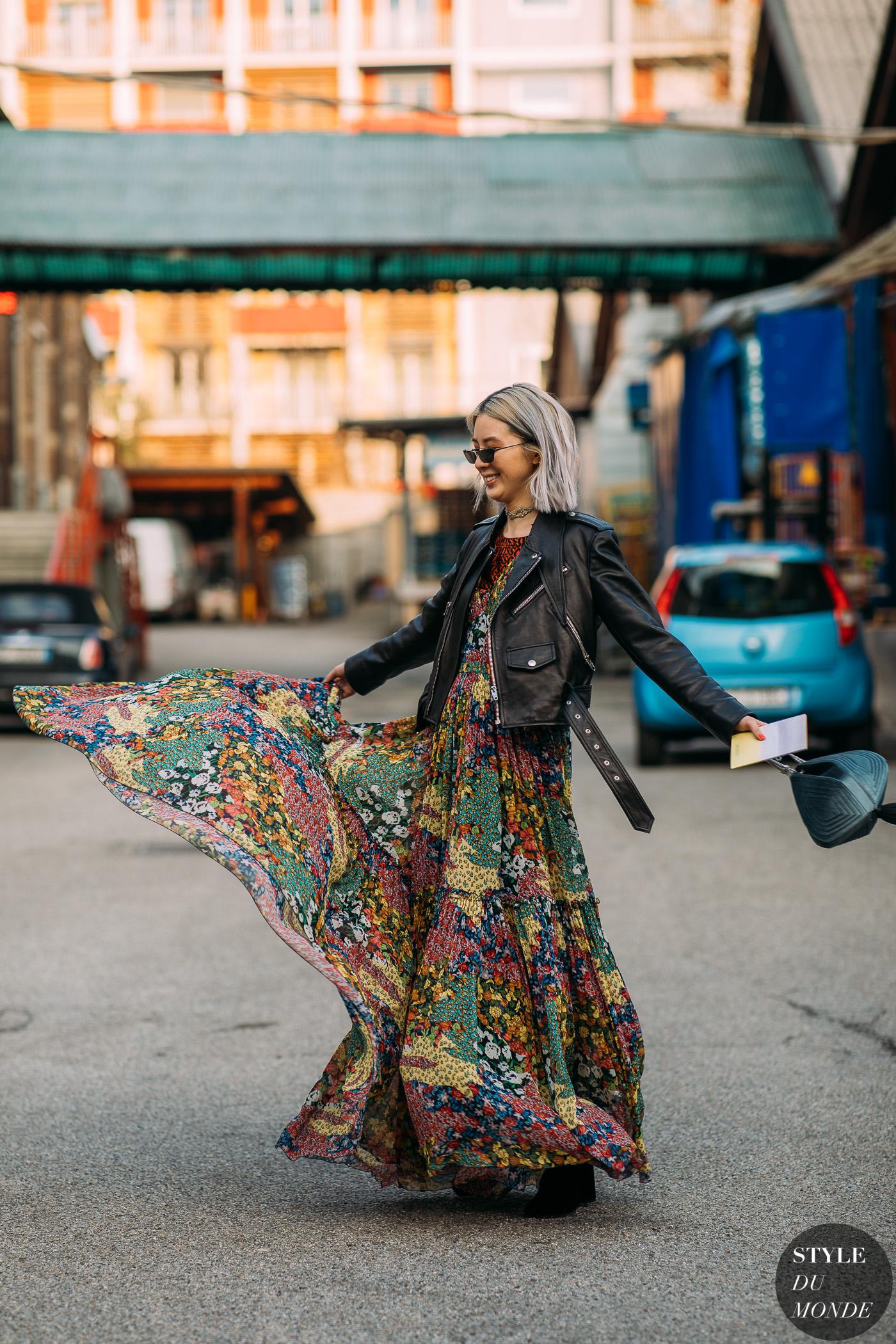 tín đồ thời trang Irene Kim diện jacket thuộc da đen, đầm họa tiết hoa
