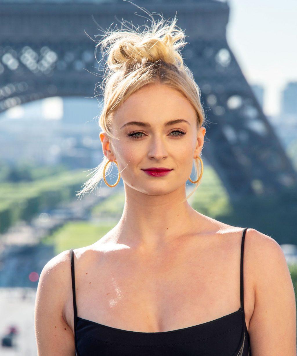 Sophie Turner tại Paris, Pháp, 2019.