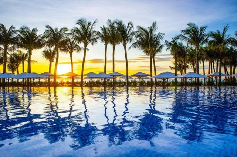 Hồ bơi muối điện phân tại Salinda Boutique Resort