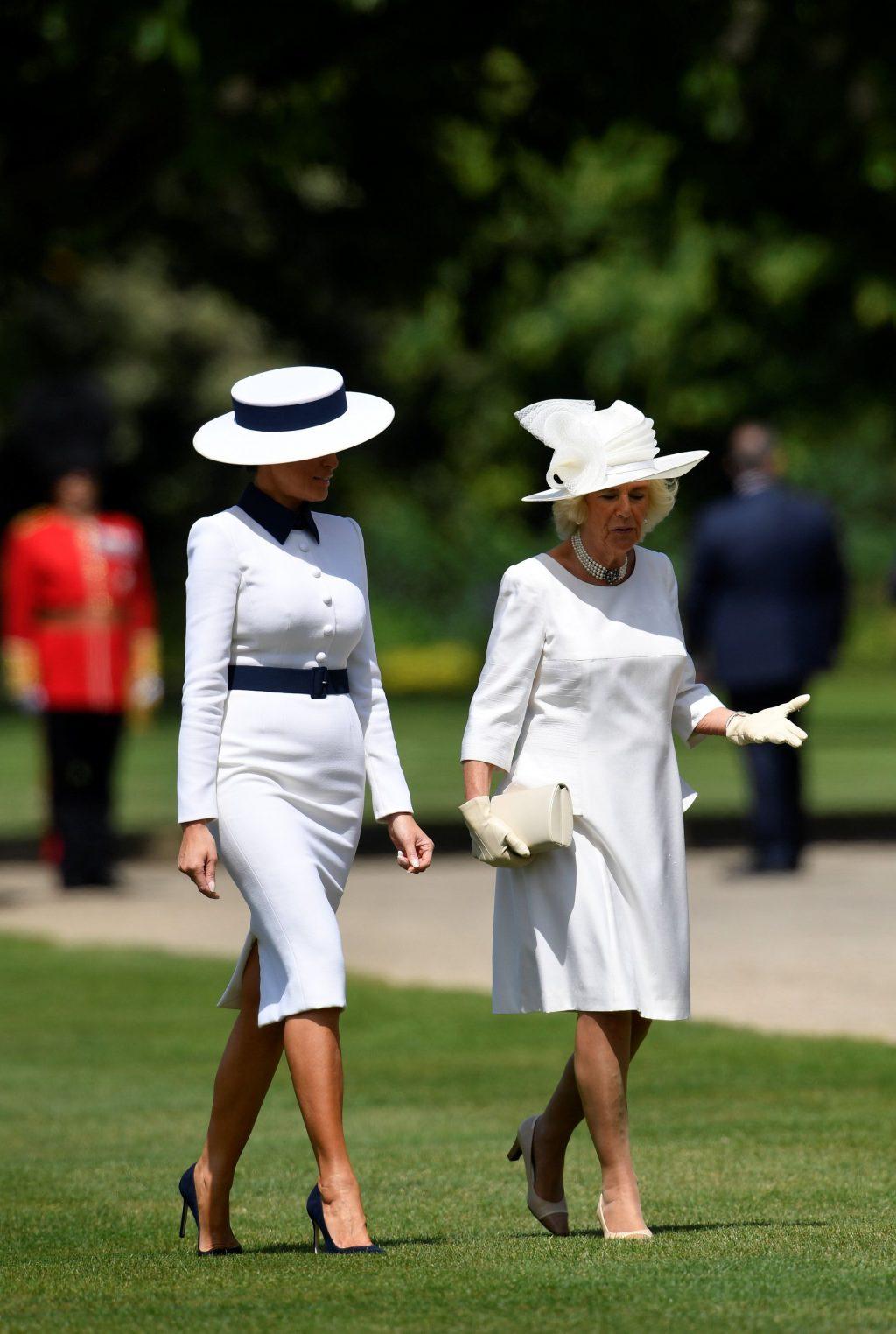 Melania Trump và Nữ công tước Camilla diện đồ màu trắng