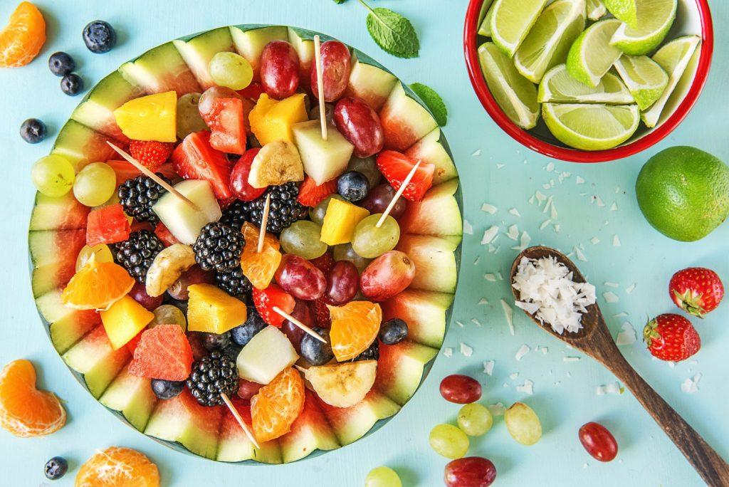 chăm sóc da - dĩa hoa quả