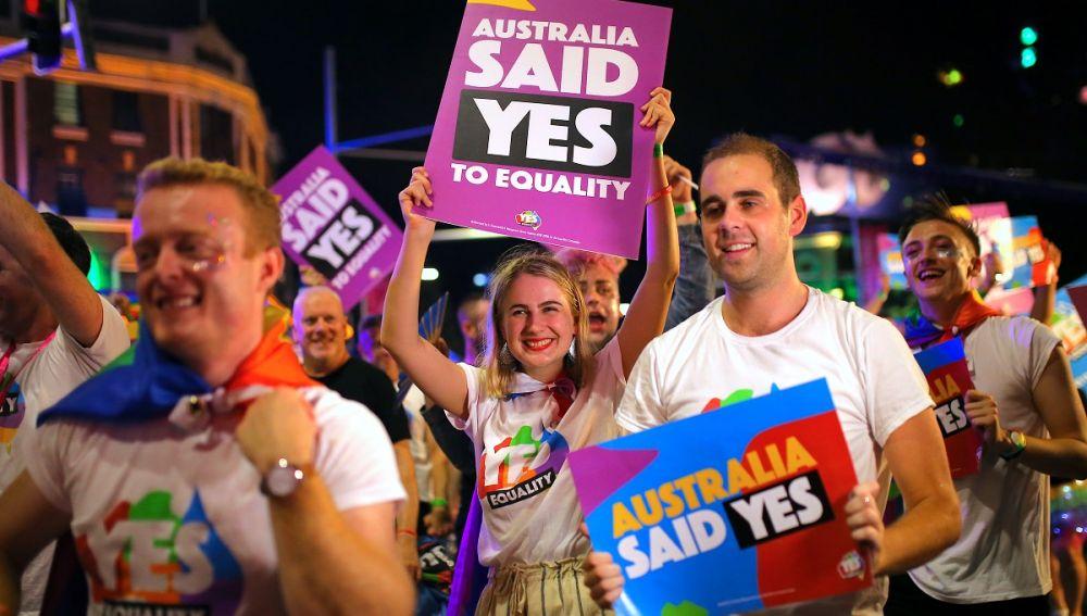 diễu hành mừng úc hợp pháp hoá hôn nhân đồng tính
