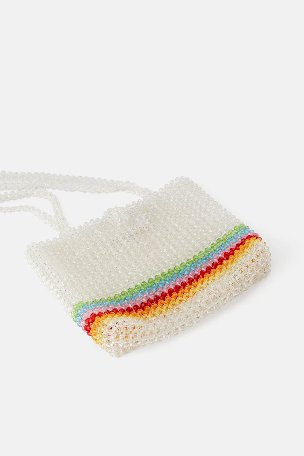 lựa chọn túi xách kết hạt cườm màu cầu vồng của Zara