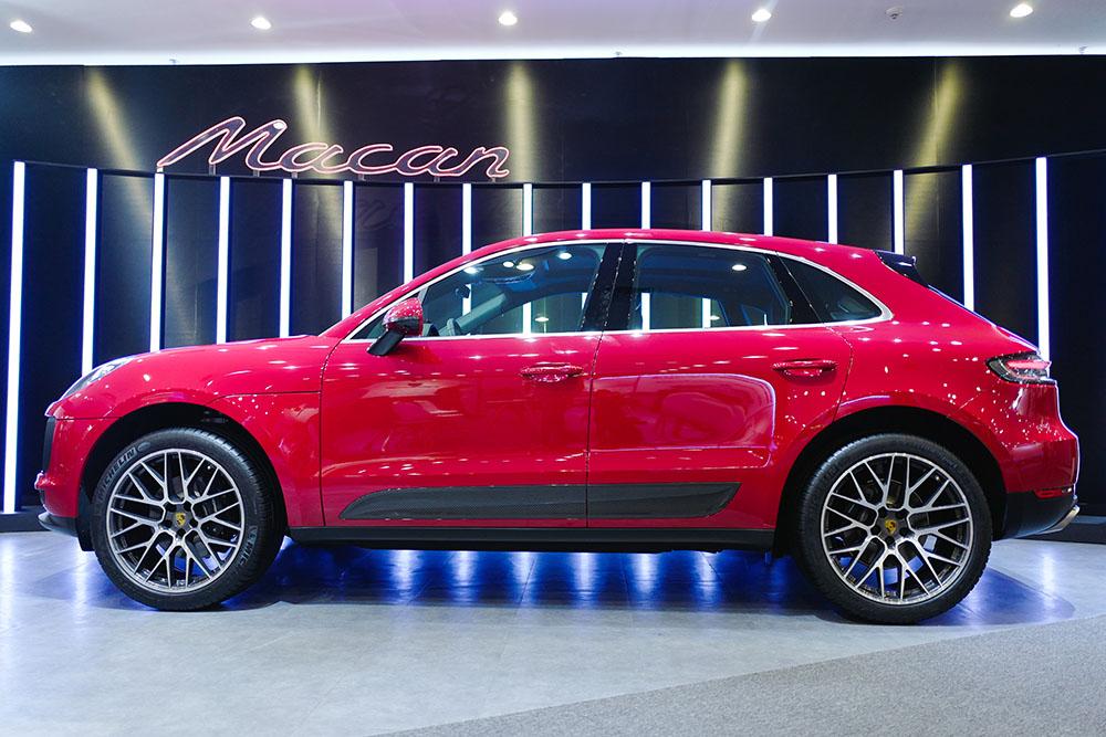 Porsche Macan 2019 màu Carmine Red