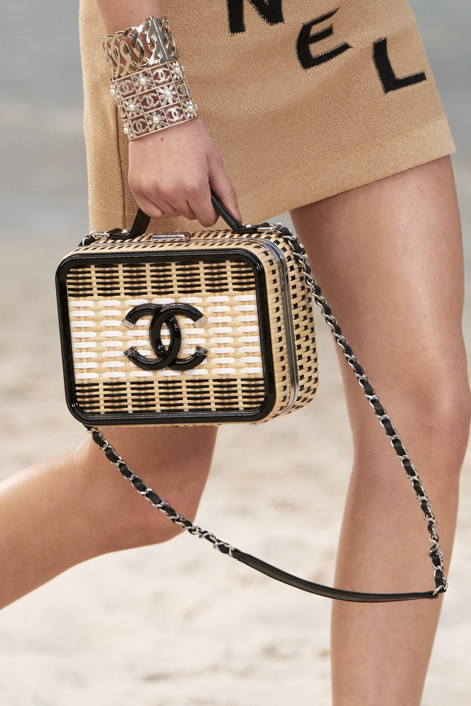 túi xách hình hộp Chanel