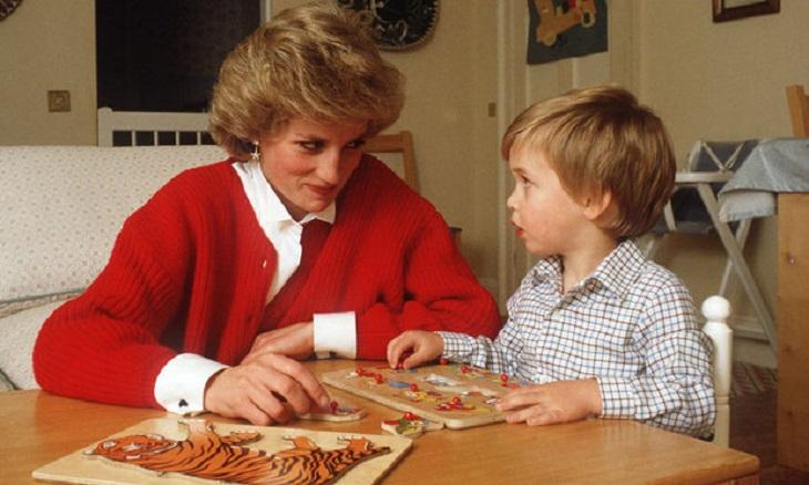 Công nương Diana và con