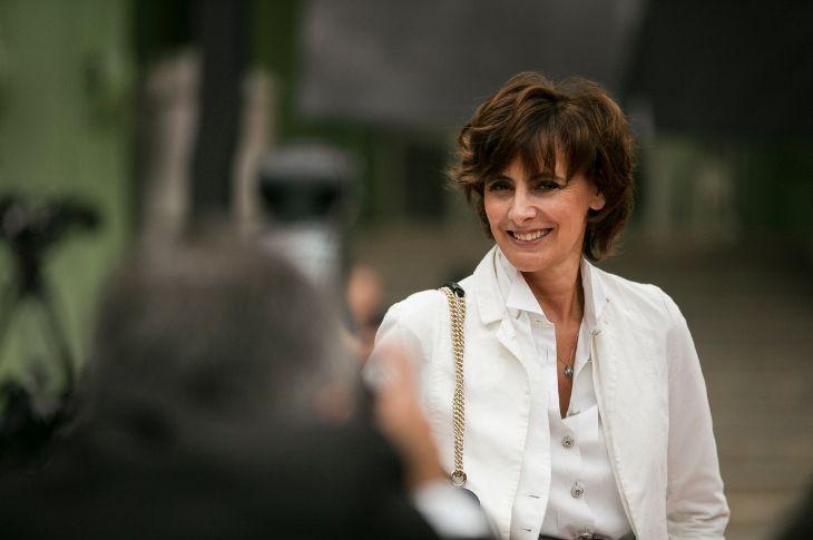 Inès de la Fressange cũng góp mặt trong lễ tri ân Karl for Ever.