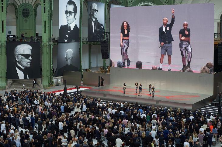 Lễ tưởng nhớ Karl Lagerfeld có sự góp mặt của những ngôi sao, ca sĩ, diễn viên, người mẫu hàng đầu thế giới.