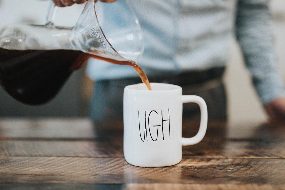 cà phê răng trắng sáng