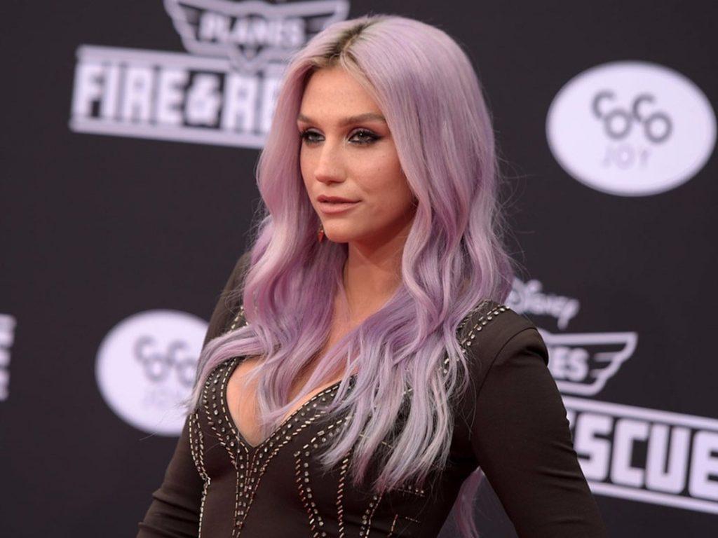 ca sĩ Kesha