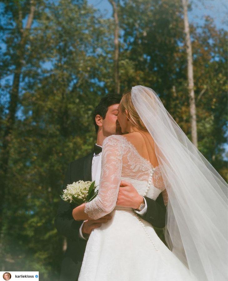 váy cưới dior của thiên thần karlie kloss