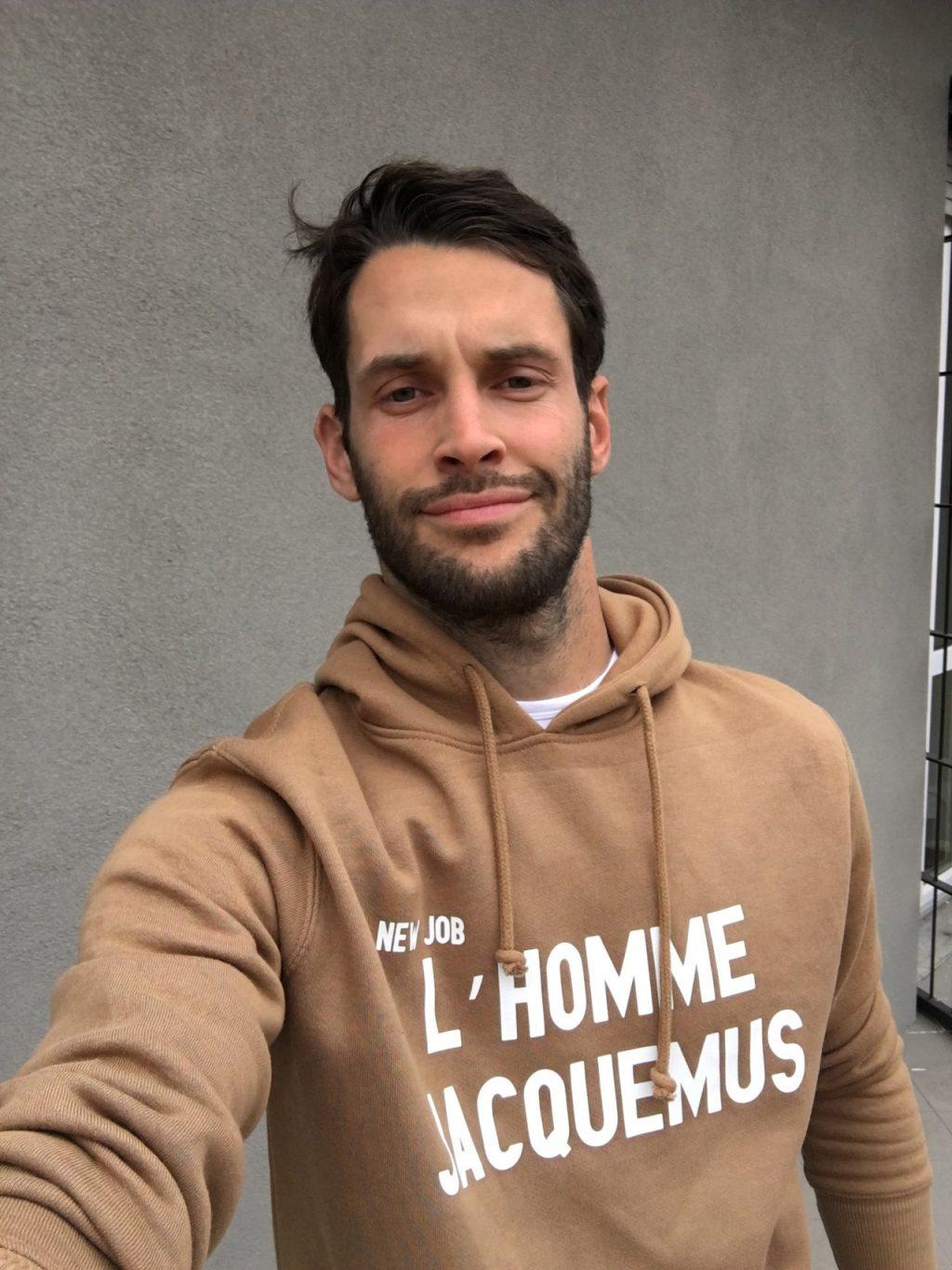 ảnh chân dung nhà thiết kế jacquemus
