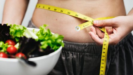 Da đẹp dáng xinh nhờ các món salad giảm cân tại nhà
