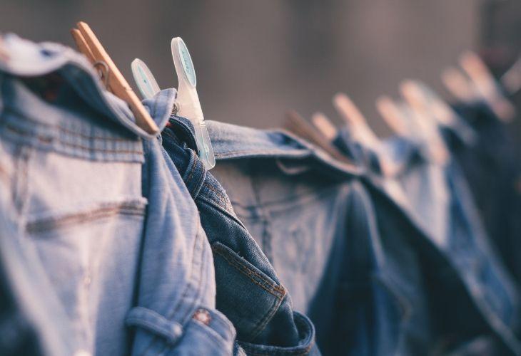 cách bảo quản quần jeans và trang phục denim