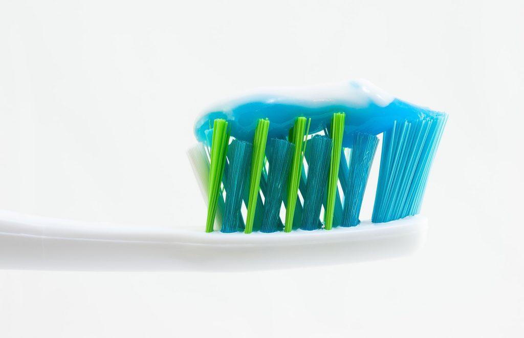 bàn chải đánh răng chăm sóc răng