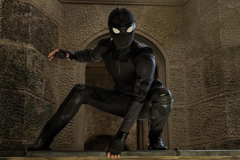 bộ giáp mới của người nhện