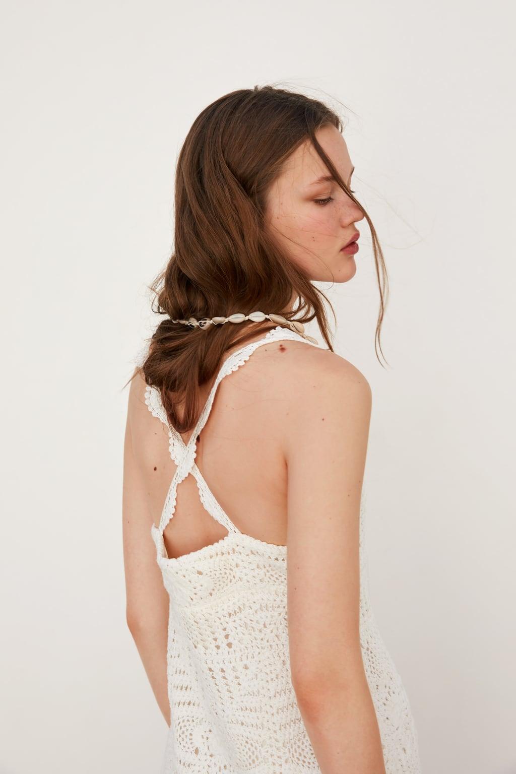 đầm móc len đan dây chéo lưng màu trắng của zara