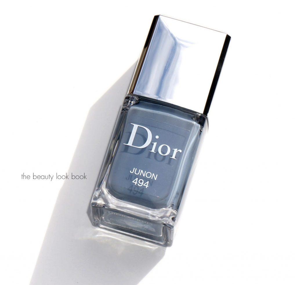 sơn móng tay màu xanh Dior 01