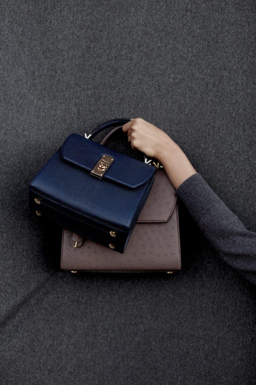 túi xách boxyz salvatore ferragamo màu đen và màu nâu