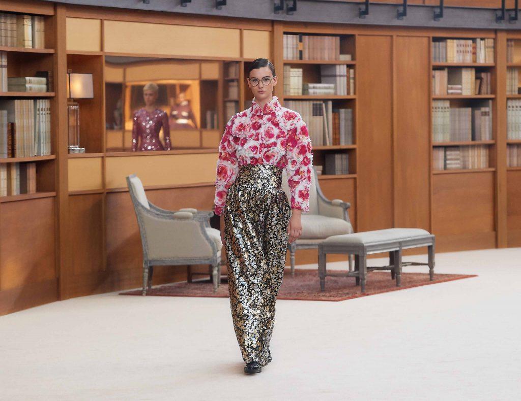 quần ống rộng và áo hoa chanel haute couture 2019