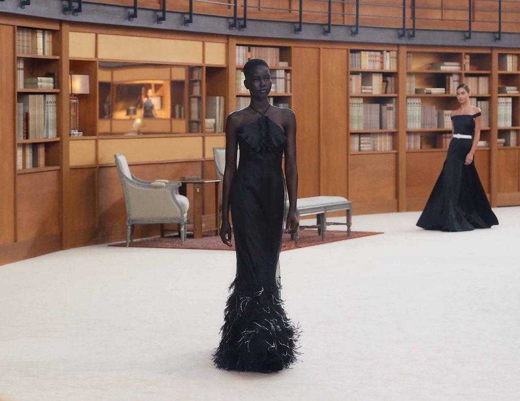 đầm dự tiệc màu đen chanel haute couture 2019