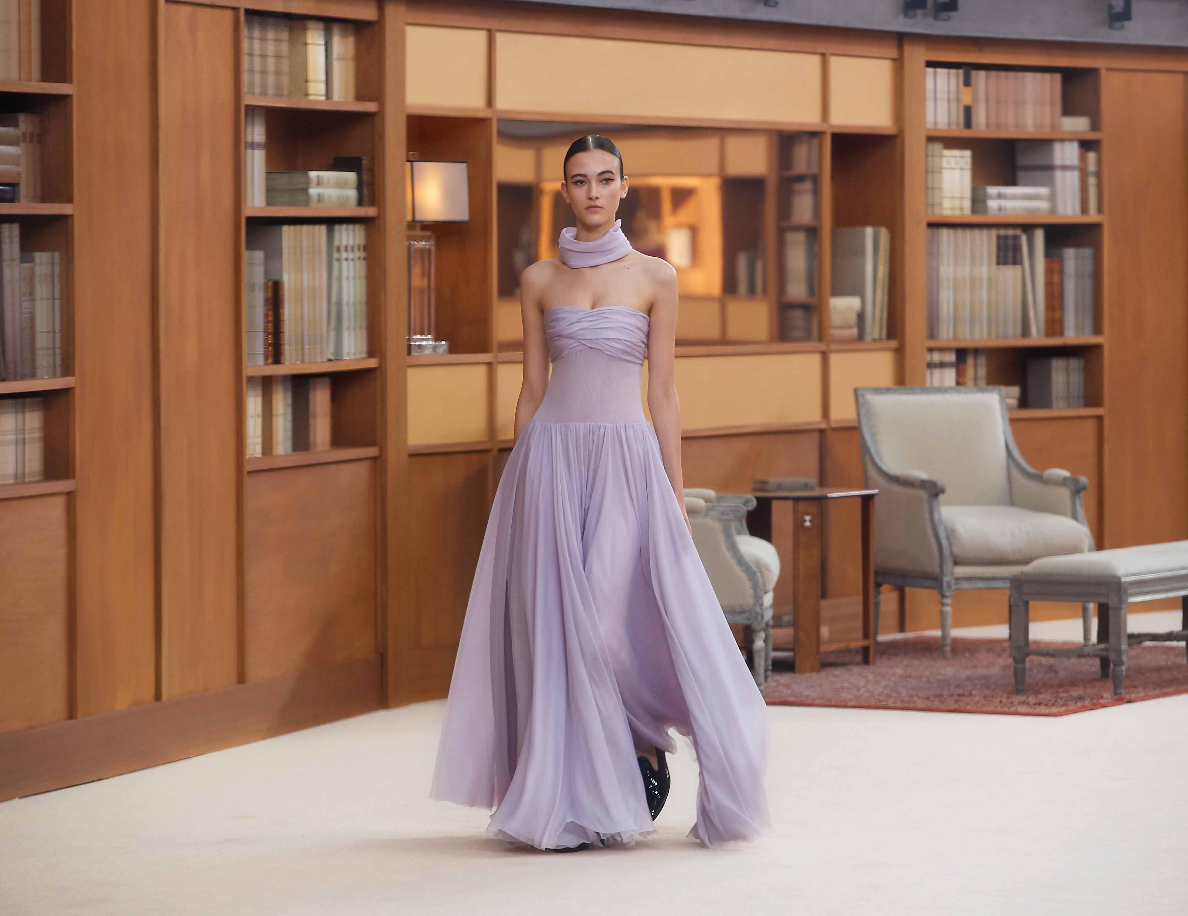 đầm voan màu tím chanel haute couture
