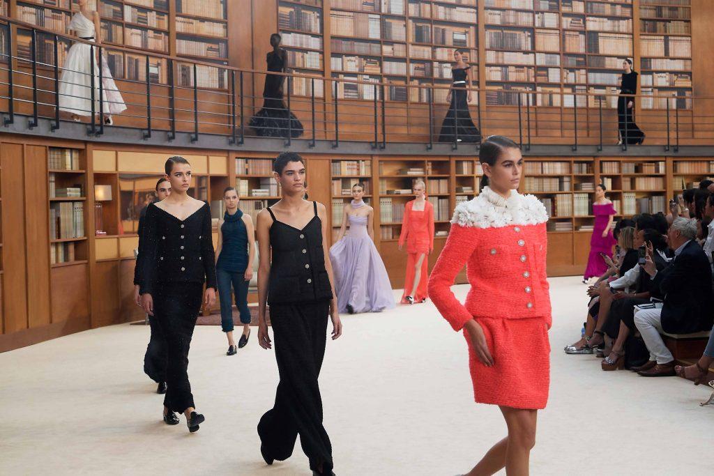 kết thúc buổi trình diễn chanel haute couture aw 2019