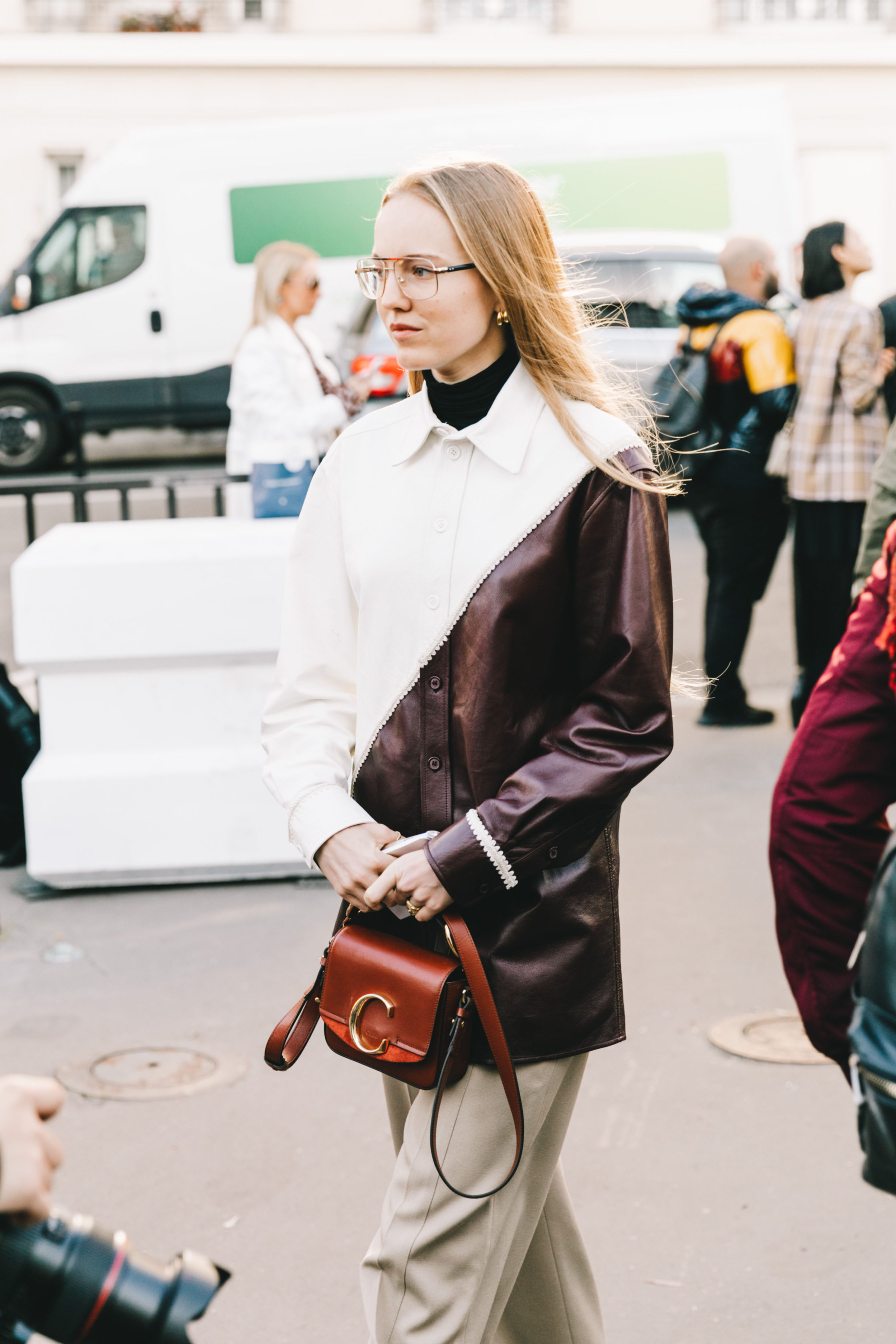 thời trang cung hoàng đạo cự giải túi xách chloe c bag tuần lễ thời trang