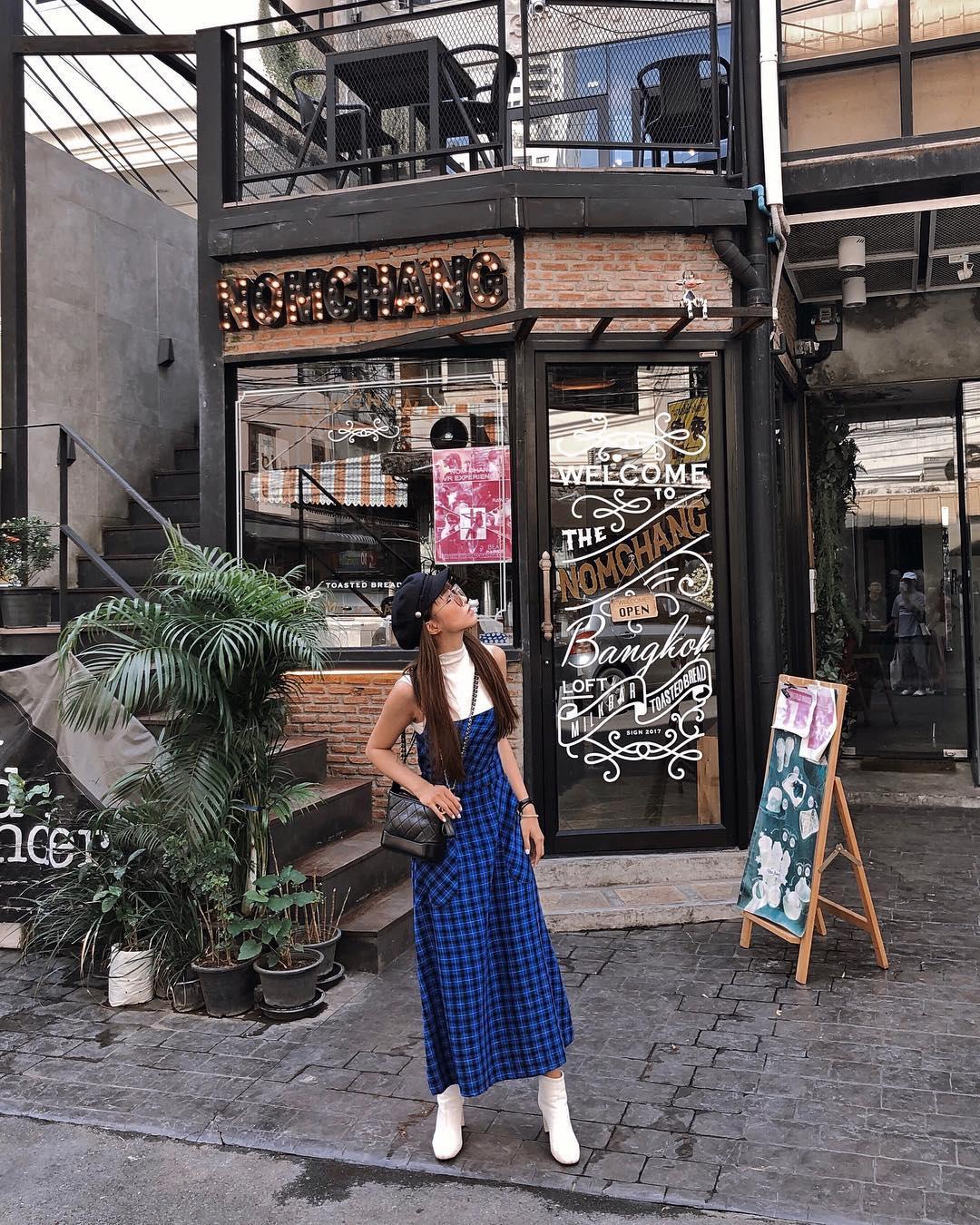 Thời trang du lịch Đà Lạt - Salim mặc váy carô vintage