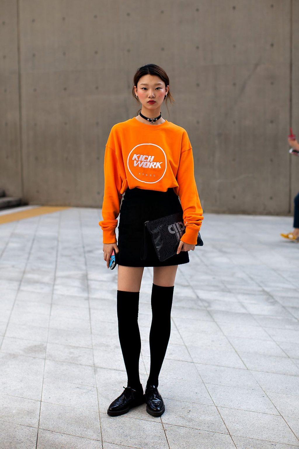 Trang phục du lịch Đà Lạt màu cam san hô