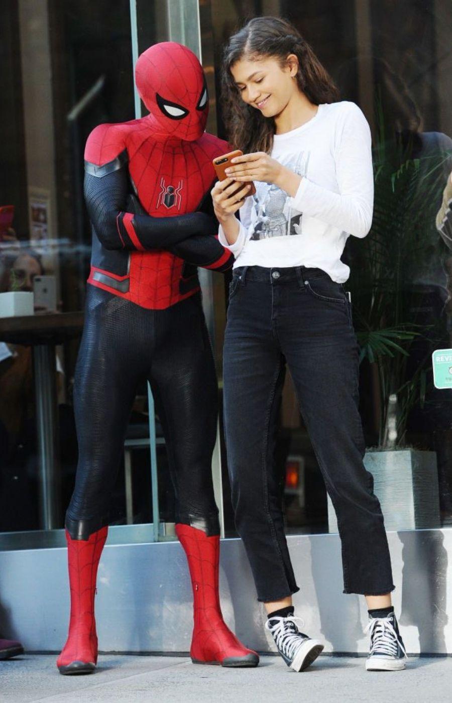 Phong cách thời trang Zendaya trong phim Spiderman