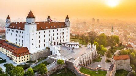 Đánh bay nỗi lo chi phí đắt đỏ khi du lịch đến 12 thành phố châu Âu