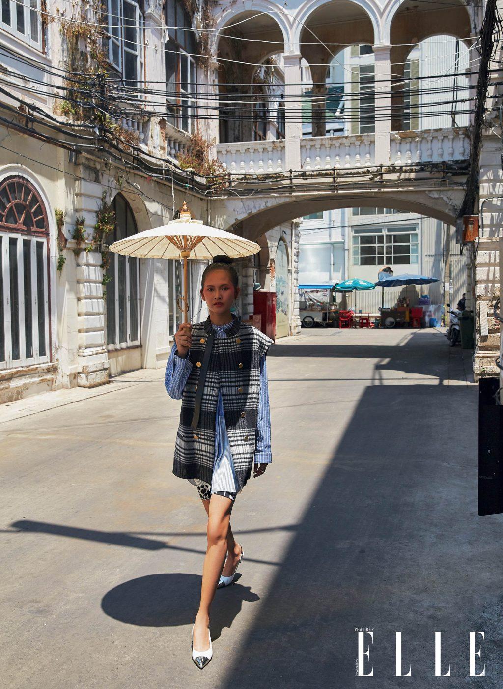 bộ ảnh thời trang bangkok vàng nắng - phối họa tiết kẻ ô, kẻ sọc