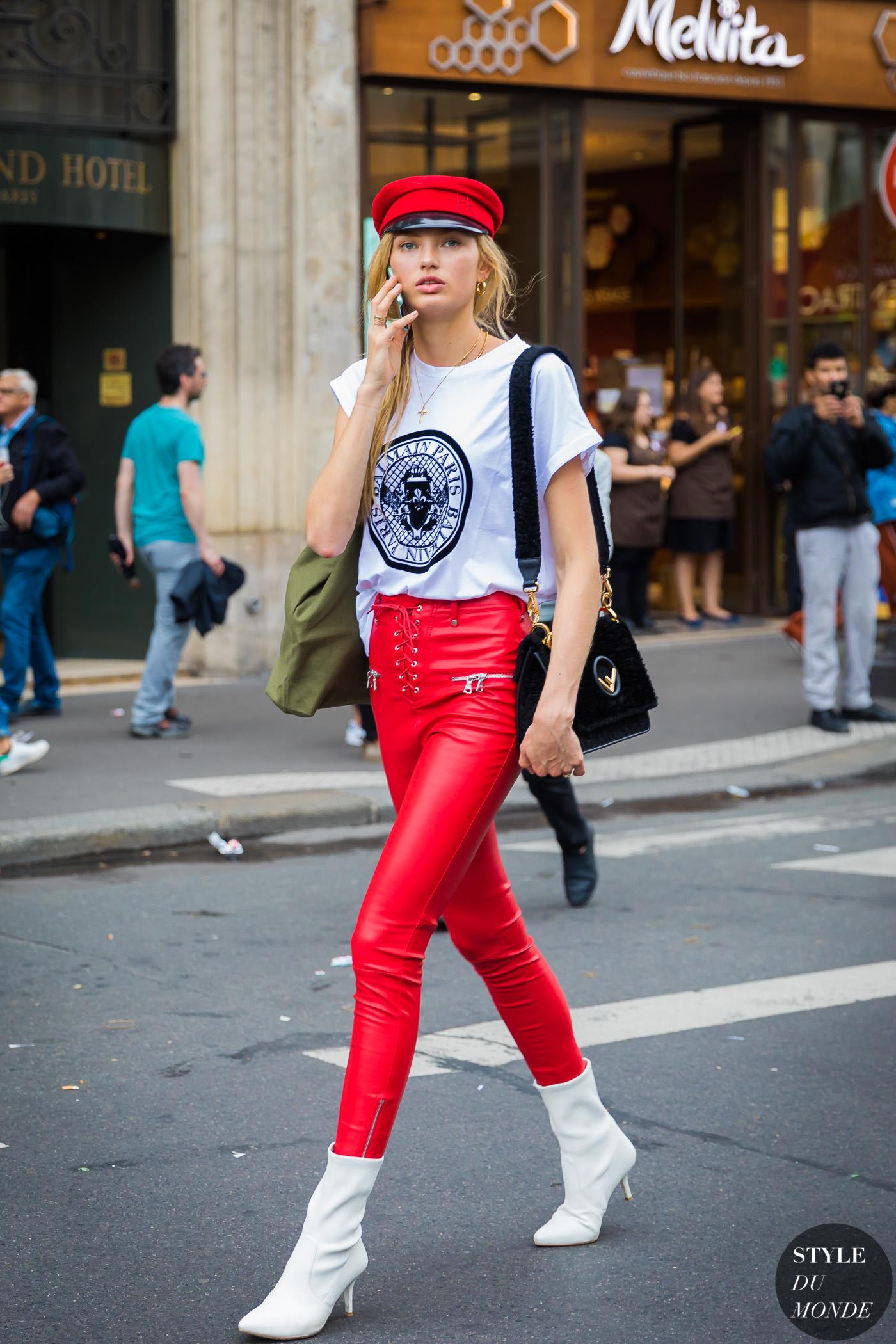 thiên thần victoria's secret leggings mũ beret đỏ bốt