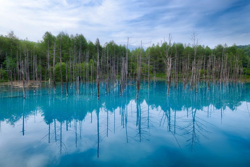 hồ xanh ở hokkaido
