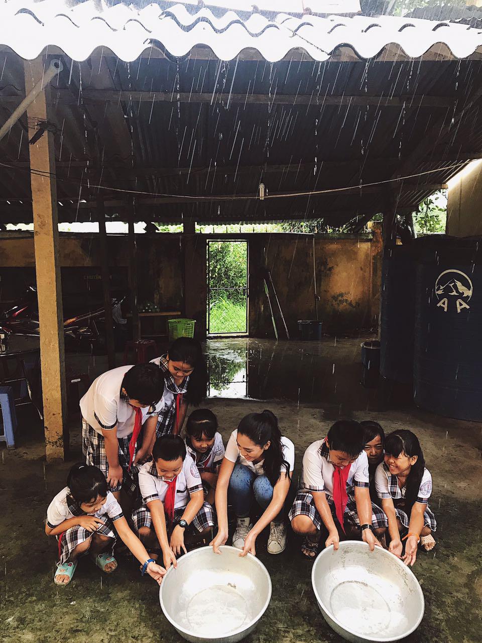 waterful sharing 2019 - hoa hậu tiểu vy và trẻ em bến tre