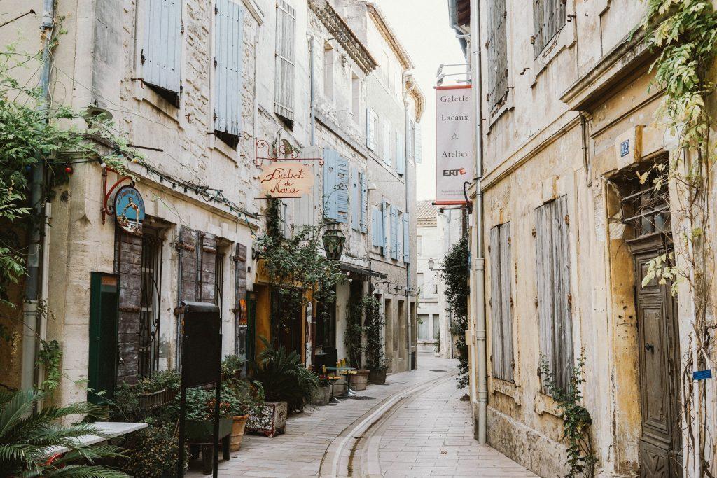 con đường ở saint-rémy