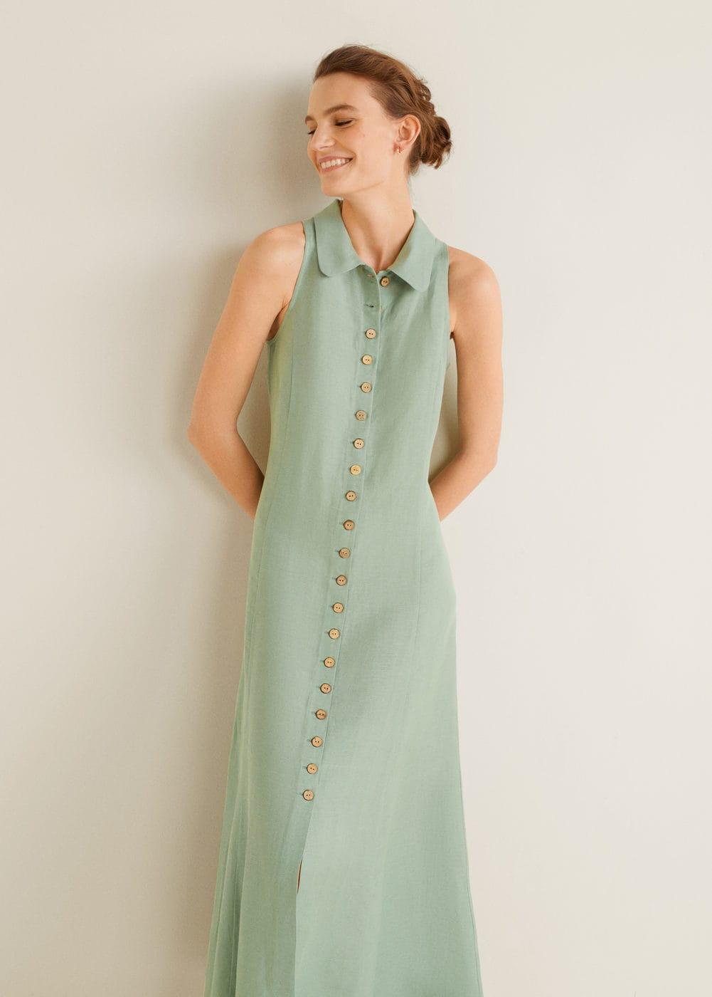 trang phục linen - đầm màu xanh thiên thanh của Mango