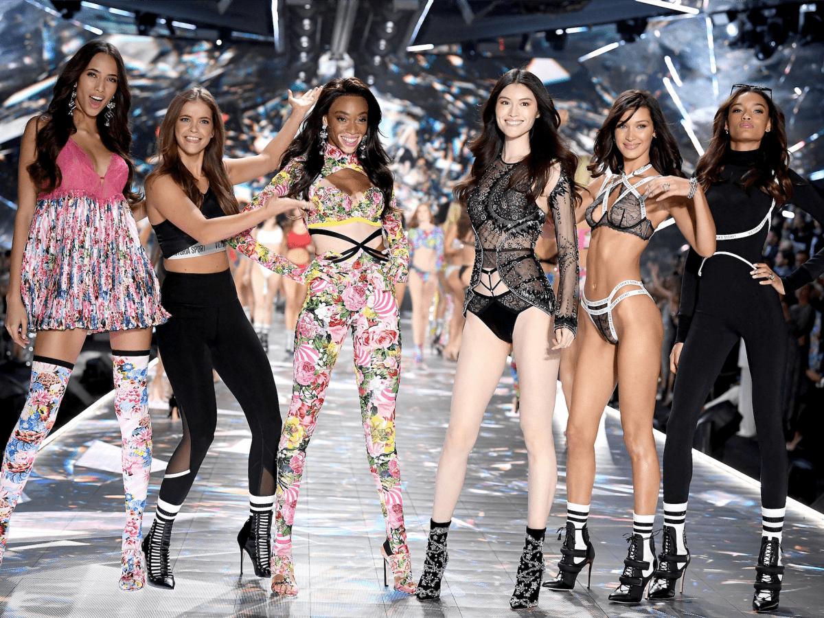Các thiên thần Victoria's Secret trình diễn tại Victoria's Secret Fashion Show 2018