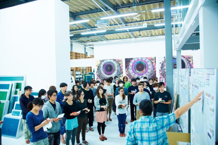 Takashi Murakami và các trợ lý