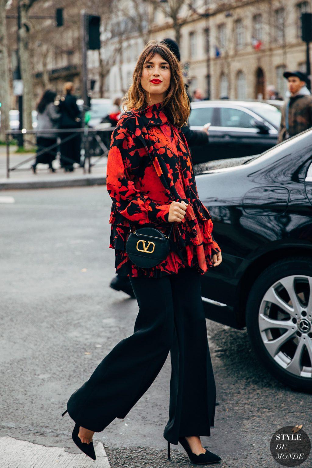 jeanne damas áo hoa đỏ quần ống rộng