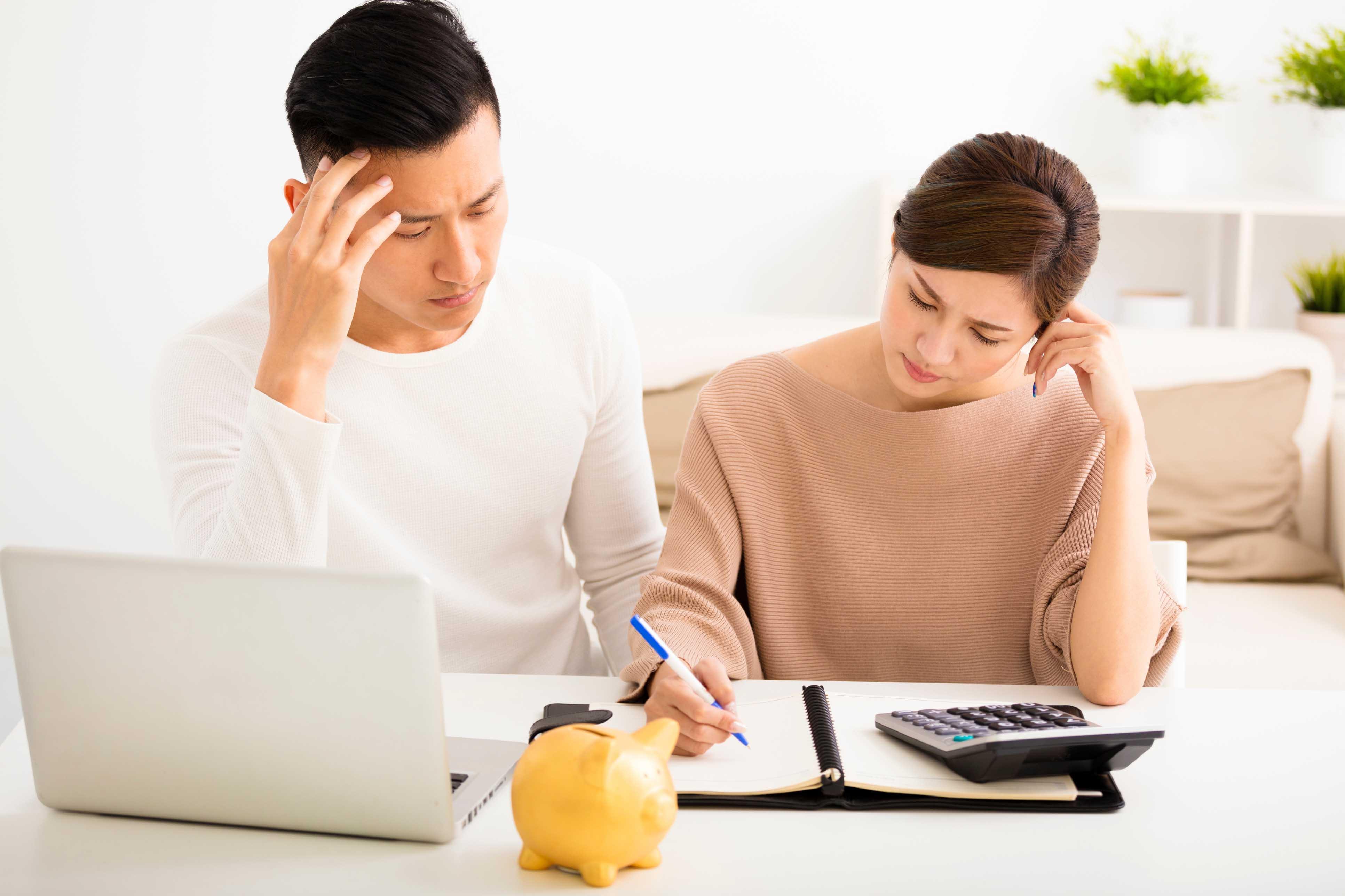công khai tài chính với chồng