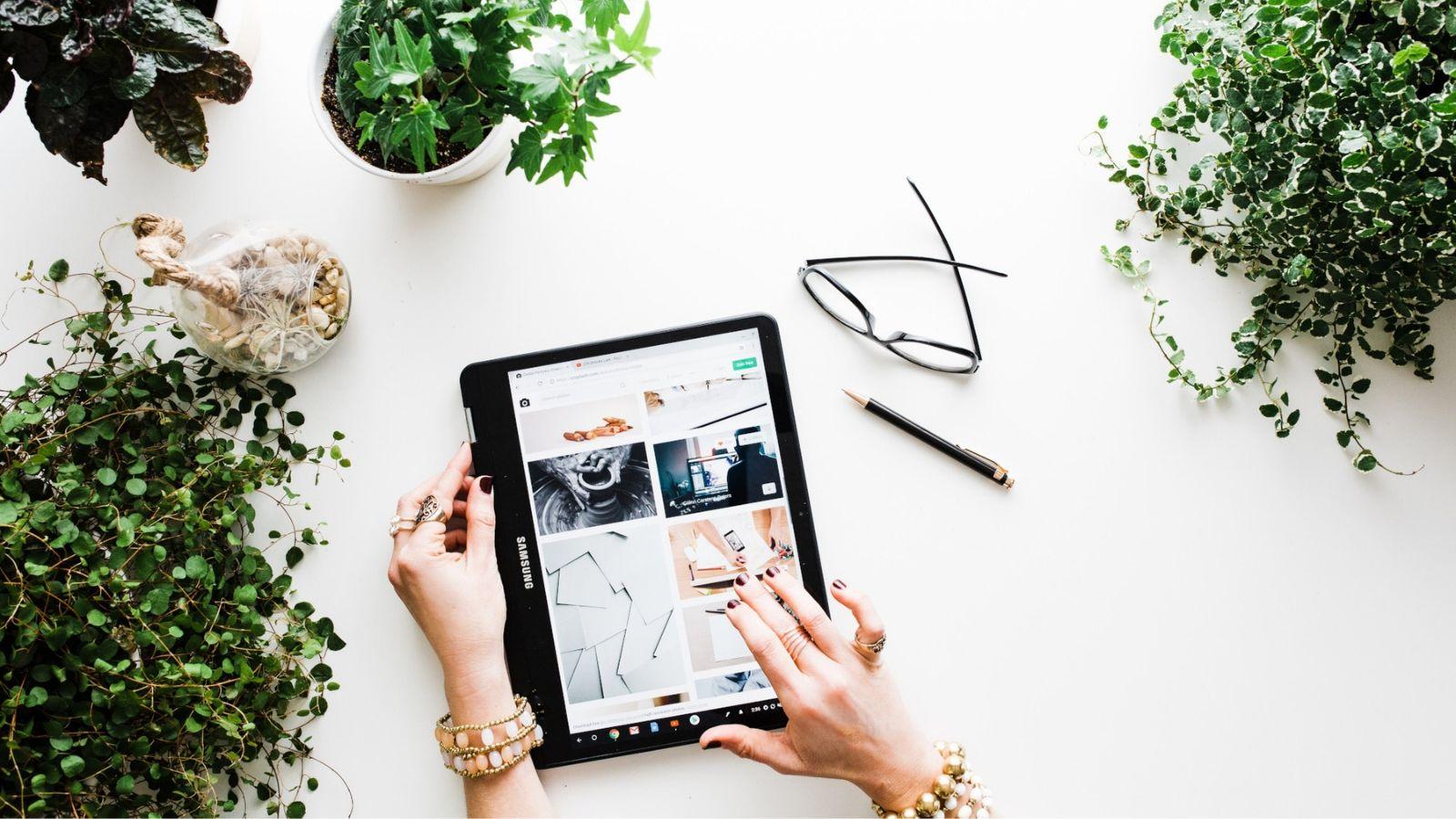 mua sắm online trên ipad