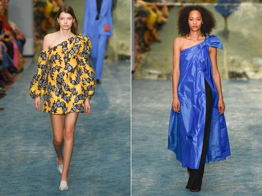 Người mẫu mặc váy lệch vai màu xanh và vàng trong BST thời trang mùa Thu