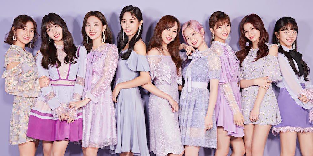 thời trang pastel với tông màu tím của nhóm nhạc twice