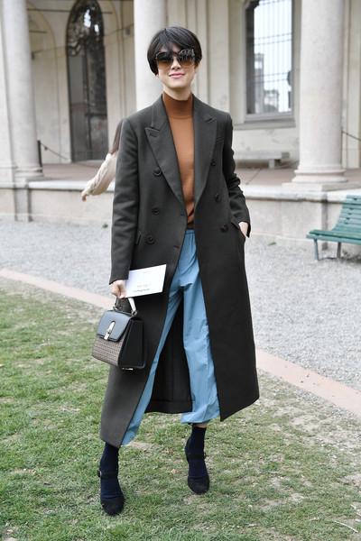 """Diễn viên nổi tiếng Nhật Bản Hikari Mori cũng yêu thích chiếc """"it bag"""" của nhà mốt Ý."""