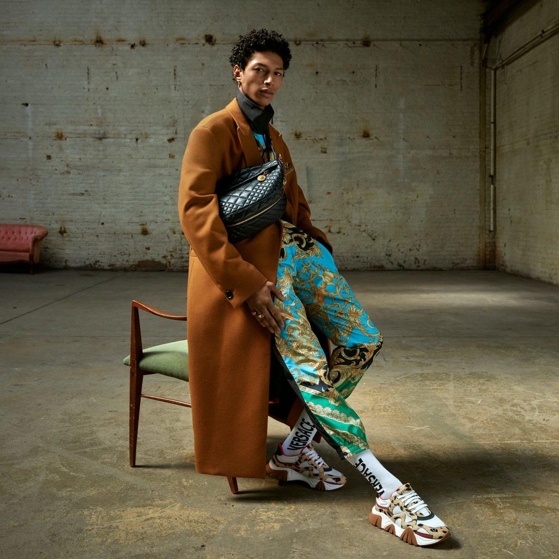 Versace quảng cáo Thu Đông 2019 nam